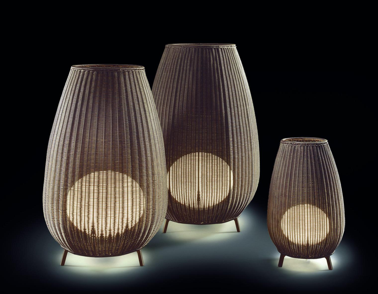 Amphora outdoor light