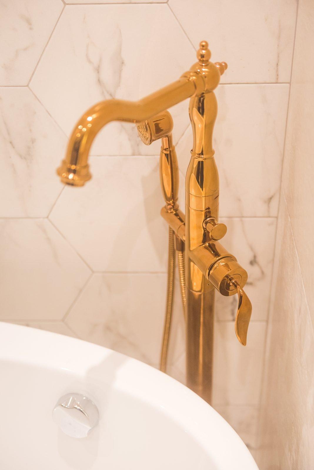 BP66 - Parisio Bath floor standing tap