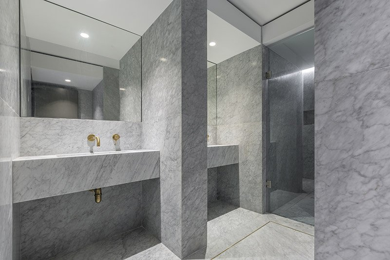 Marble bathroom private residence (2)