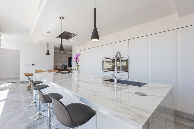 Neolith kitchen top private residence